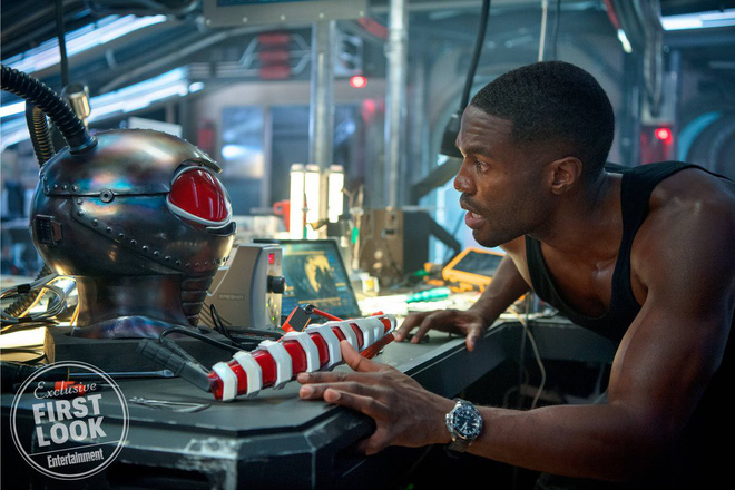 """""""Aquaman"""" cuối cùng cũng chịu tung ảnh quảng bá ướt át vừa hấp dẫn vừa chất - ảnh 2"""