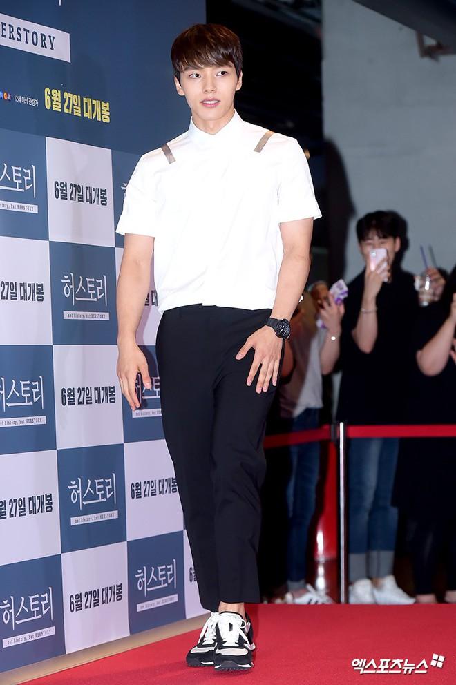 Sự kiện hội tụ gần 30 sao Hàn: Mẹ Kim Tan lép vế trước Kim Hee Sun, Jung Hae In nổi bật giữa dàn sao nhí một thời - ảnh 18