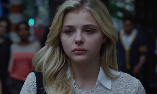 Gái xinh Chloe Grace Moretz mắc bệnh quái ác không có thuốc chữa trong Brain On Fire - Ảnh 6.