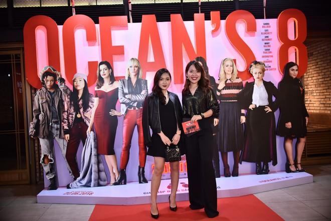 Cô trò Minh Tú - Khánh Linh diện đồ hở chặt chém đi xem phim của dàn chị đại Ocean's 8 - ảnh 12