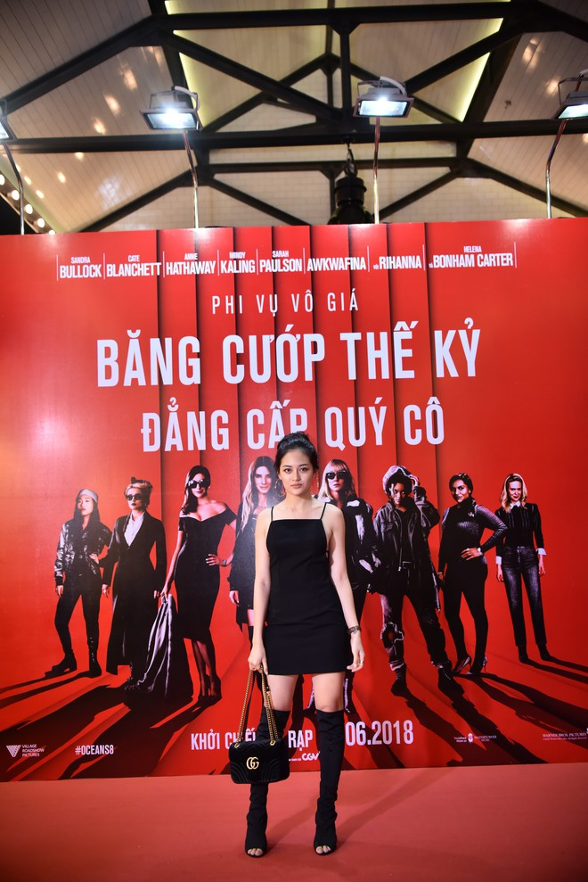 Cô trò Minh Tú - Khánh Linh diện đồ hở chặt chém đi xem phim của dàn chị đại Ocean's 8 - ảnh 13