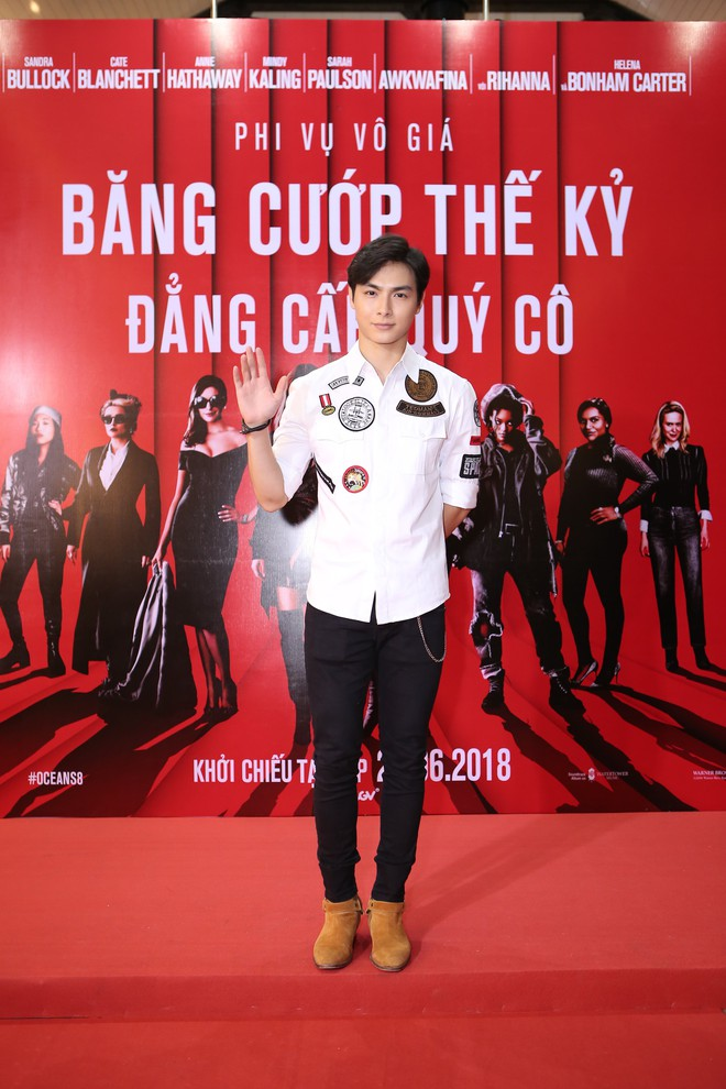 Cô trò Minh Tú - Khánh Linh diện đồ hở chặt chém đi xem phim của dàn chị đại Ocean's 8 - ảnh 15