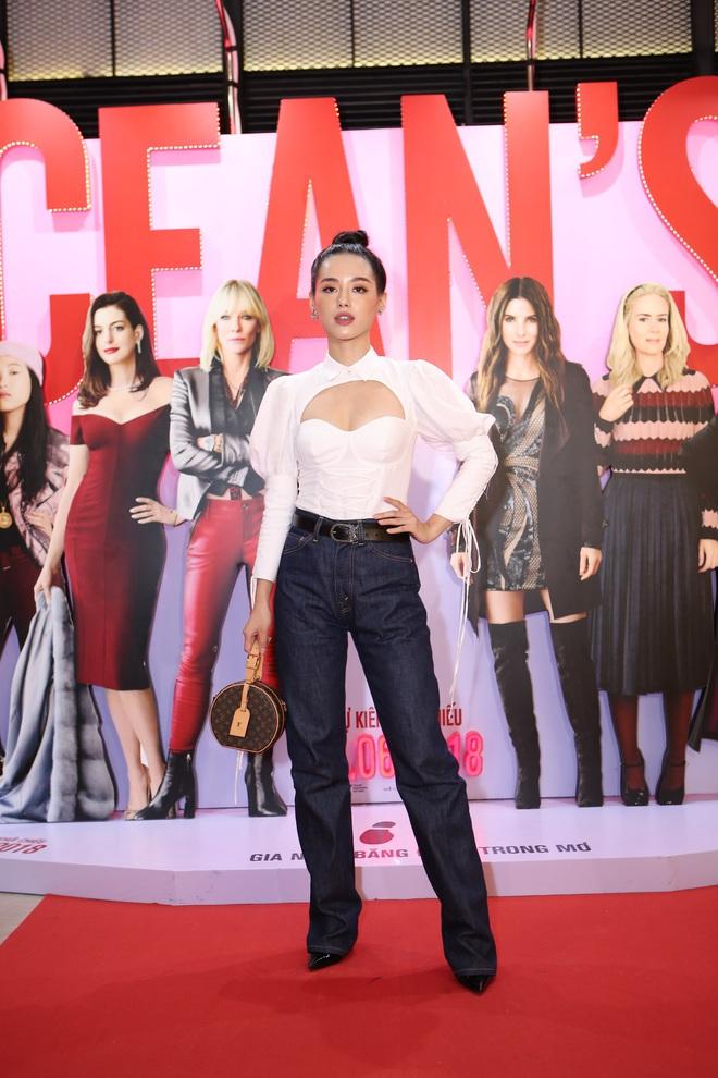 Cô trò Minh Tú - Khánh Linh diện đồ hở chặt chém đi xem phim của dàn chị đại Ocean's 8 - ảnh 10