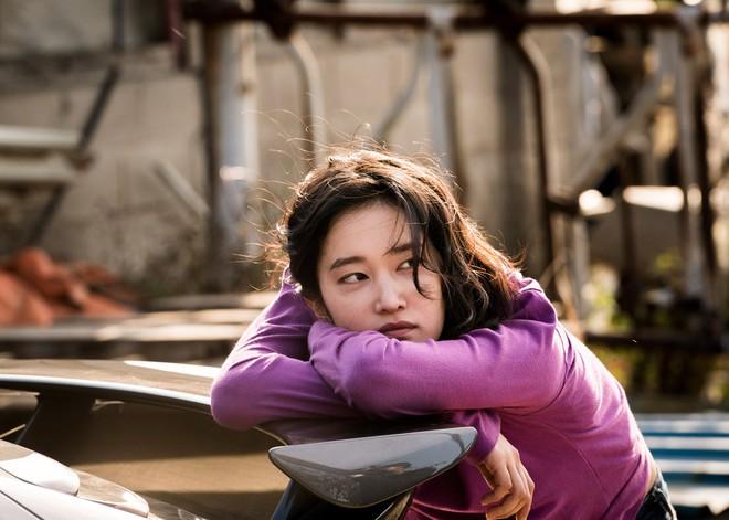 Tuyệt tác Hàn Quốc Burning: Tuổi trẻ hoang hoải và phi lý giữa xã hội hiện đại - ảnh 5