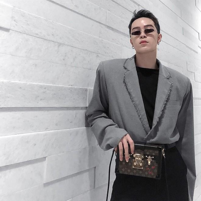 Sau đi đã like chán ảnh Châu Bùi, Giám đốc sáng tạo của Louis Vuitton bắt đầu like đến Kelbin Lei - ảnh 3