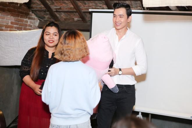 """Võ Cảnh tiết lộ từng bị trầm cảm nặng sau khi """"chia tay"""" ông bầu Vũ Khắc Tiệp"""