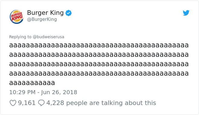 Burger King hò hét cãi nhau loạn xì với Budweiser trên mạng xã hội, cư dân mạng ngớ người khi biết sự thật - Ảnh 11.