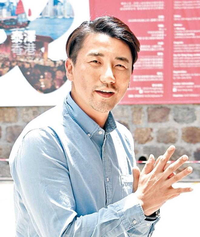 """Sao nam """"Lộc Đỉnh Ký"""" hạnh phúc tổ chức đám cưới ở tuổi 63, dàn sao TVB nô nức tới dự hôn lễ - Ảnh 10."""