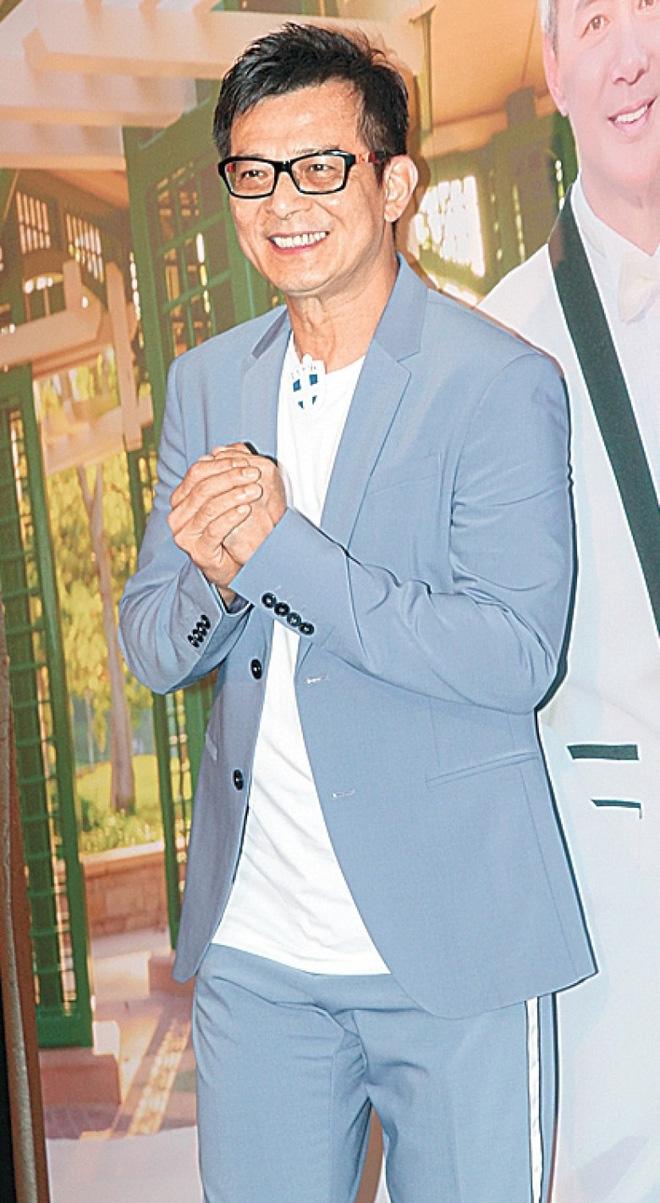 """Sao nam """"Lộc Đỉnh Ký"""" hạnh phúc tổ chức đám cưới ở tuổi 63, dàn sao TVB nô nức tới dự hôn lễ - Ảnh 12."""