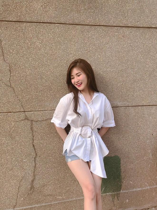Bảo Anh diện váy hè không ngại vén cao táo bạo, Hà Hồ nghi án thả rông với áo ôm sát gợi cảm - Ảnh 11.
