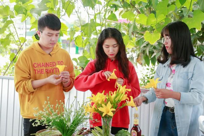 Hòa Minzy - Duy Khánh la hét om sòm khi chơi trò cảm giác mạnh tại Đà Lạt - Ảnh 4.