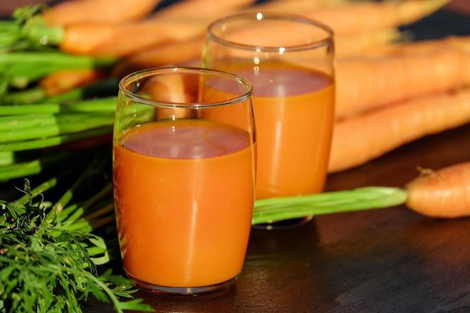 Chăm ăn 7 loại thực phẩm này giúp da giảm hẳn tình trạng nhờn mụn trong mùa hè - ảnh 2