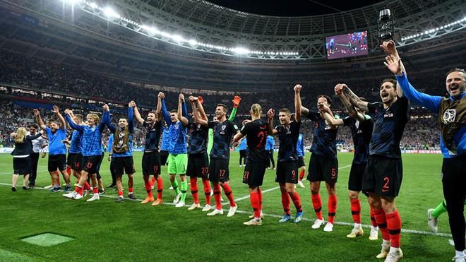 Hãy ngả mũ thán phục đội tuyển Croatia! Góp mặt ở chung kết World Cup 2018 sau 3 trận liên tiếp phải đấu thêm hiệp phụ - Ảnh 9.