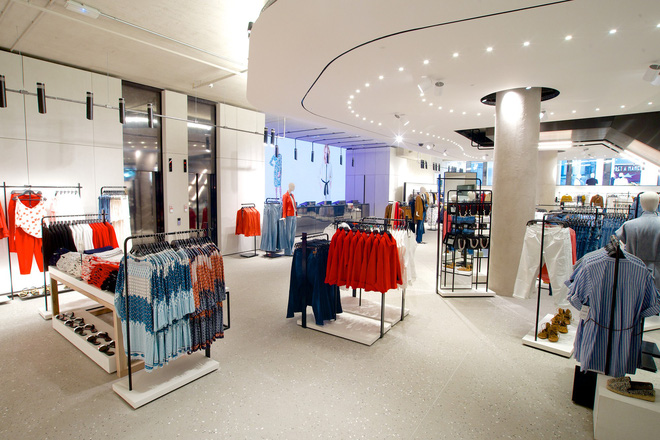 """Trong khi H&M """"chết chìm"""" trong đống hàng tồn kho thì Zara vẫn tăng trưởng vì những lý do này - Ảnh 4."""