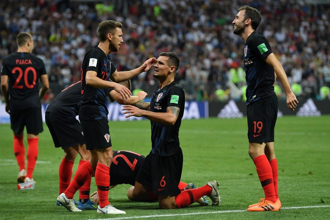 Hãy ngả mũ thán phục đội tuyển Croatia! Góp mặt ở chung kết World Cup 2018 sau 3 trận liên tiếp phải đấu thêm hiệp phụ - Ảnh 2.