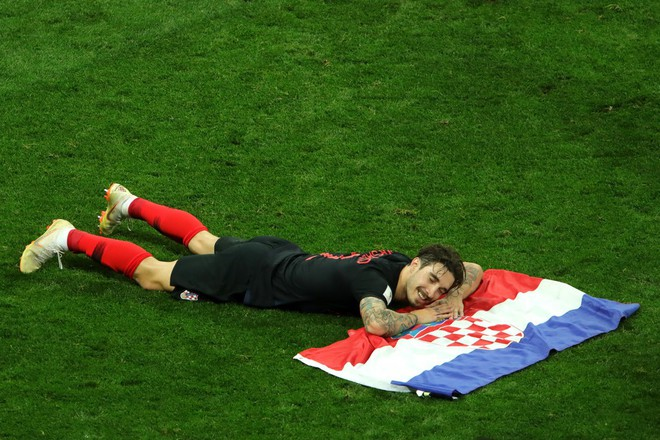 Hãy ngả mũ thán phục đội tuyển Croatia! Góp mặt ở chung kết World Cup 2018 sau 3 trận liên tiếp phải đấu thêm hiệp phụ - Ảnh 3.
