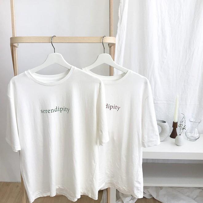 Thích áo phông, mặc nhiều là thế nhưng bạn có biết cách giữ cho chiếc áo của mình bền đẹp như mới - Ảnh 4.