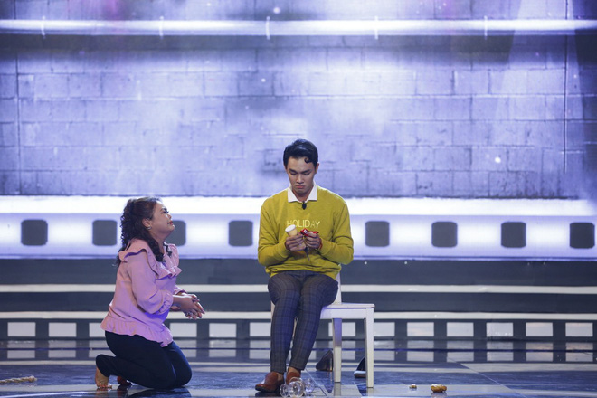 Việt Trinh bật khóc trên truyền hình khi nhớ lại thời gian bị ức hiếp bắt bỏ nghề - Ảnh 6.