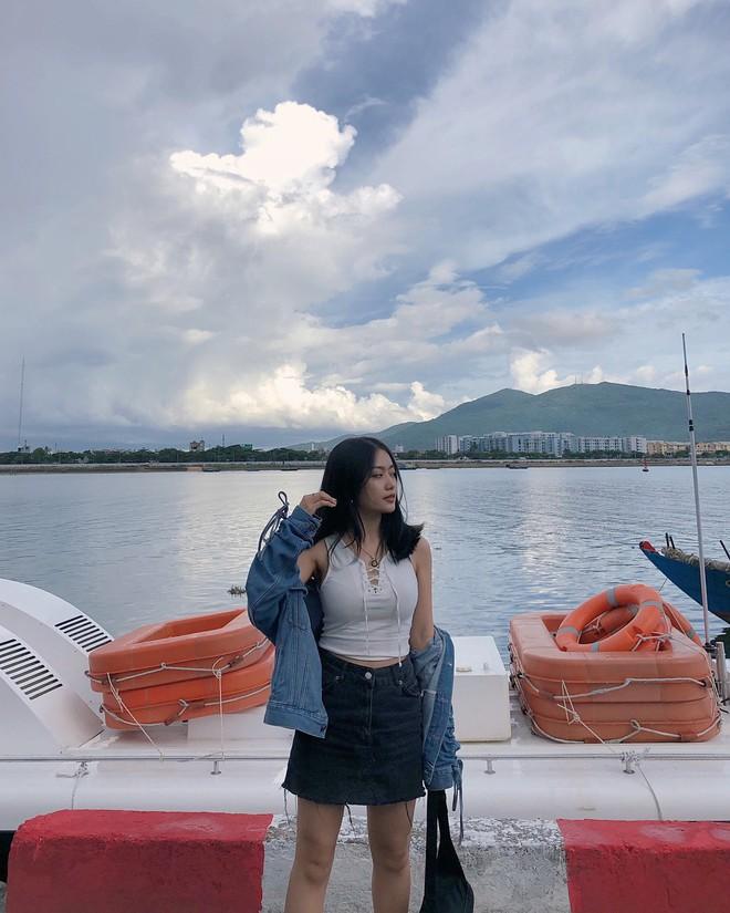 Muốn sành điệu như các hot girl Việt nổi tiếng mặc đẹp, đây là 5 công thức bạn nên diện ngay - ảnh 10