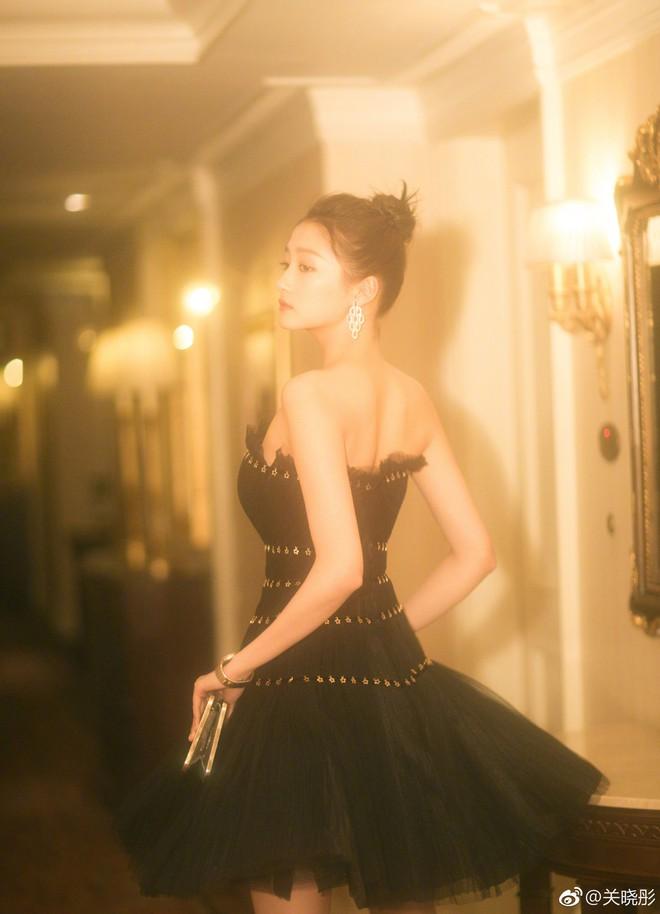 Không cần photoshop, bạn gái Luhan đẹp không tì vết bất chấp cả camera thường - ảnh 3