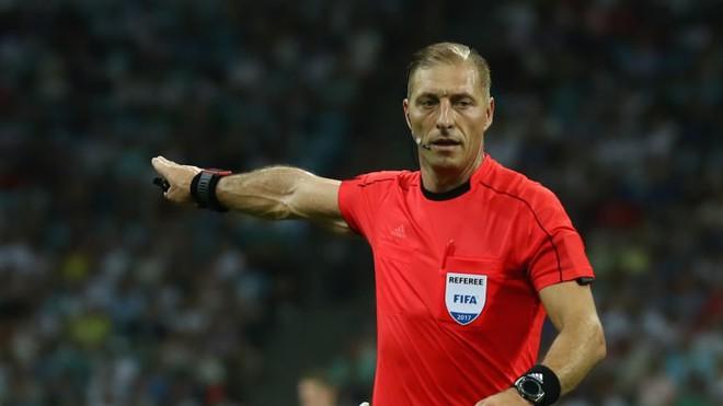 Chung kết World Cup Pháp - Croatia: Trọng tài bắt chính người Argentina - Ảnh 1.