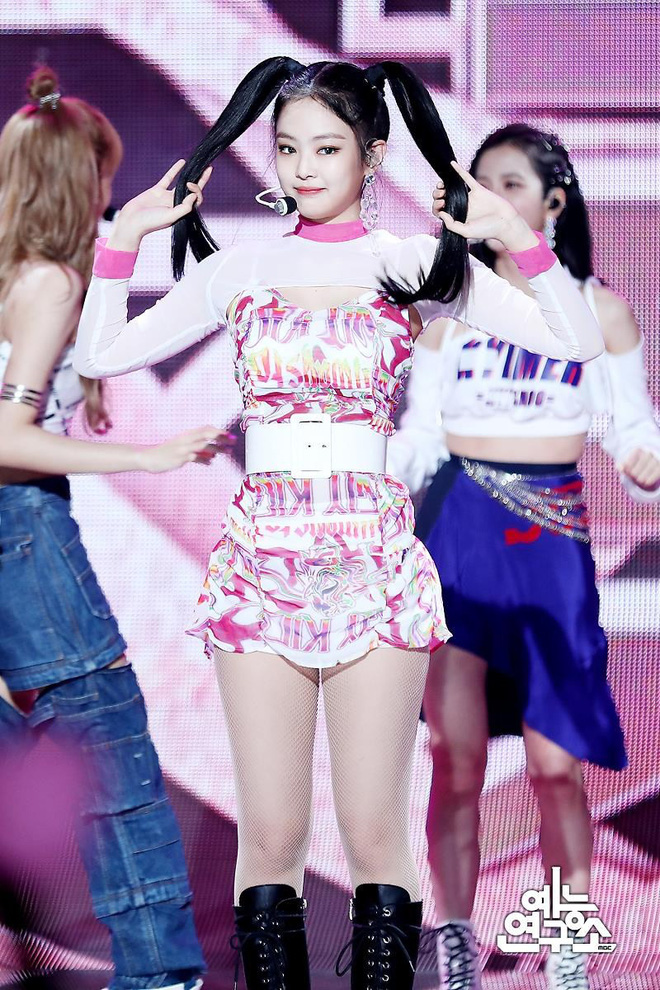 Khác hẳn các mỹ nhân Vline, Jennie (Black Pink) mặt tròn như bánh bao nhưng vẫn đẹp xuất sắc nhờ bí quyết này - Ảnh 5.