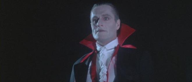 10 phiên bản Dracula đáng nhớ trên màn ảnh: Tạo hình liên tục thay đổi trong suốt 100 năm - ảnh 4