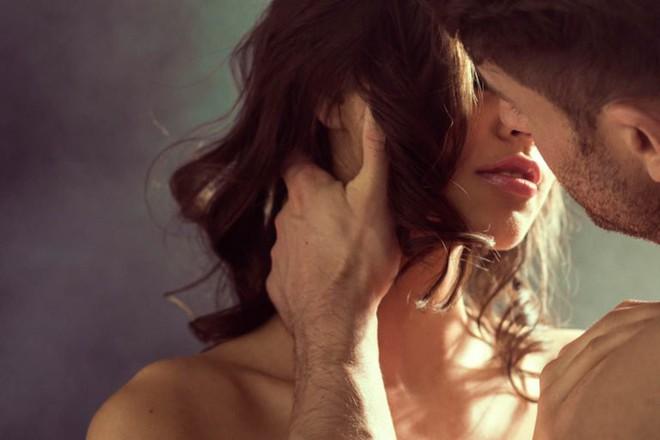 """Tất cả ta đều bị lừa: Nụ hôn kiểu Pháp KHÔNG bắt nguồn từ... nước Pháp! Và 5 món đồ """"Pháp"""" này cũng thế - ảnh 2"""