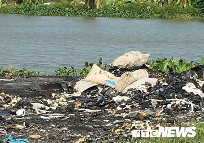Ảnh: Dân Hải Phòng khốn khổ vì bị khói đốt phế thải công nghiệp bủa vây - ảnh 2