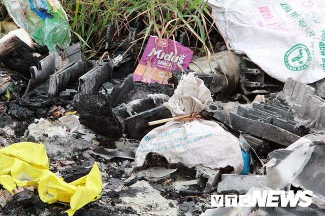 Ảnh: Dân Hải Phòng khốn khổ vì bị khói đốt phế thải công nghiệp bủa vây - ảnh 13