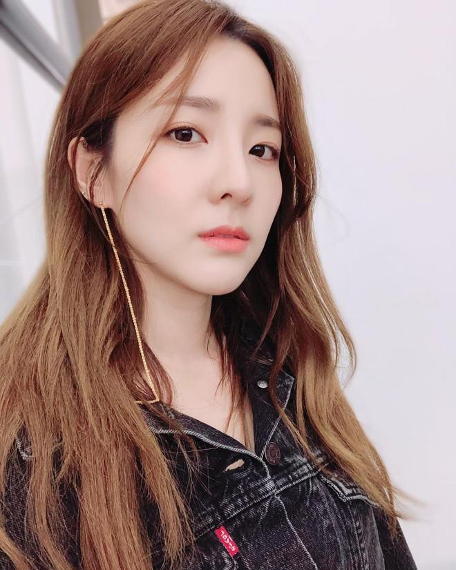 Không ngờ người đẹp không tuổi Dara U40 lại có cách níu giữ tuổi xuân đơn giản đến vậy - ảnh 6