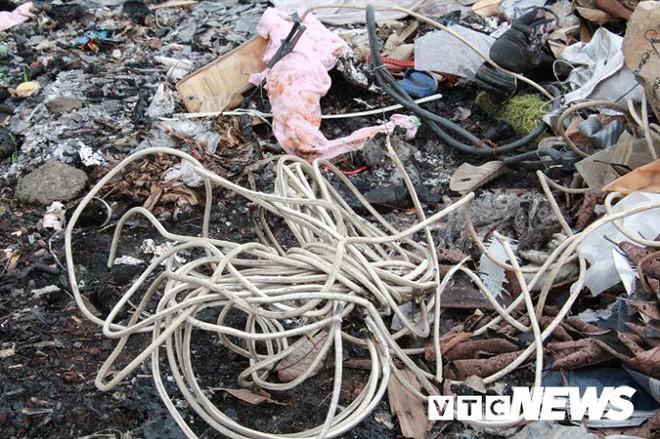 Ảnh: Dân Hải Phòng khốn khổ vì bị khói đốt phế thải công nghiệp bủa vây - ảnh 6