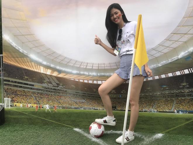 Siêu mẫu Thu Hằng, Á hậu Thanh Tú sang Nga xem chung kết World Cup 2018 - ảnh 1