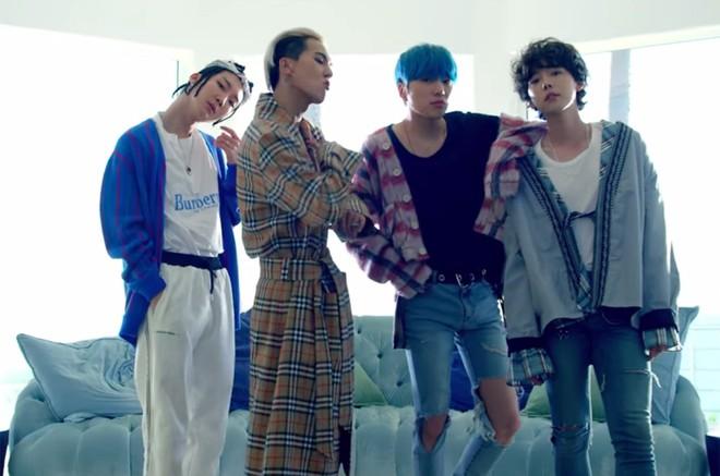 Khi BTS và Wanna One mải tranh nhau top 1, EXO liệu có dần thụt lùi giữa loạt nhóm nhạc nam hot nhất xứ Hàn? - ảnh 7