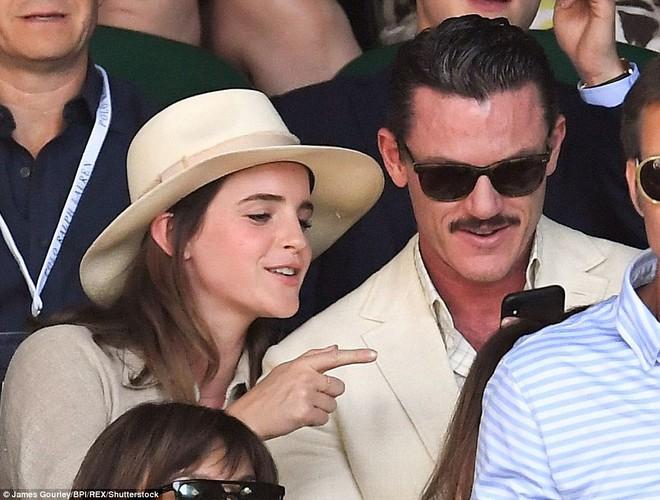 Emma Watson xuất hiện cực xinh đẹp, cười đùa thân thiết bên tài tử điển trai - ảnh 6