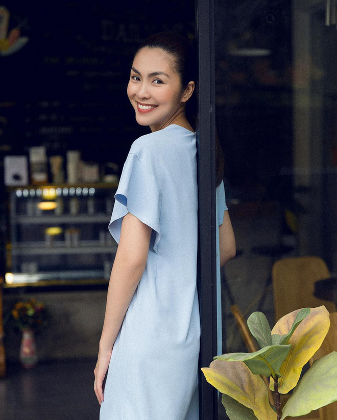 Khi đẹp cỡ Hà Tăng, bạn sẽ chỉ cần son, sự hiện diện của mọi loại mỹ phẩm cầu kỳ khác đều vô nghĩa - ảnh 4