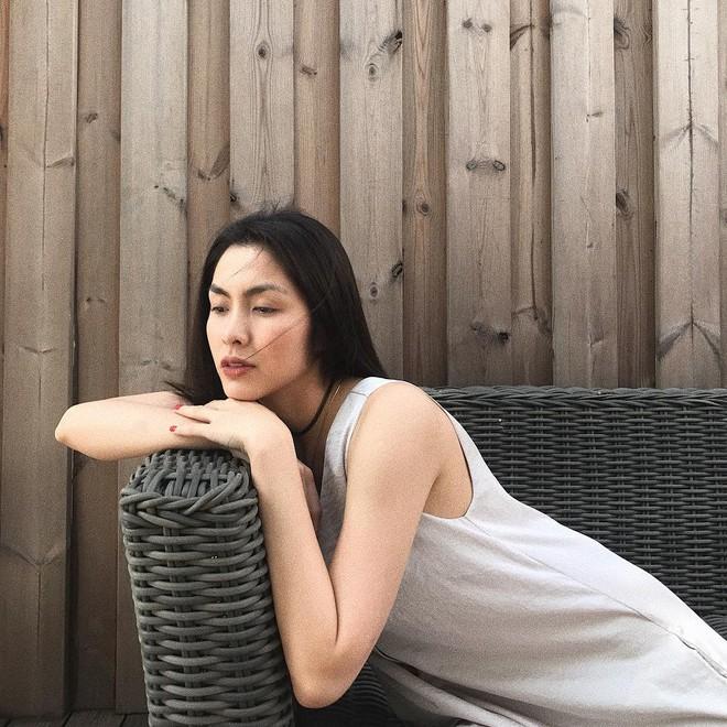 Khi đẹp cỡ Hà Tăng, bạn sẽ chỉ cần son, sự hiện diện của mọi loại mỹ phẩm cầu kỳ khác đều vô nghĩa - ảnh 6