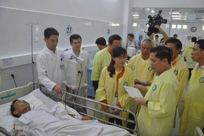 Tai nạn ở Quảng Nam: Bé gái sống sót trên xe rước dâu liên tục gọi mẹ - Ảnh 5.