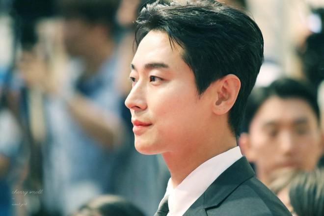 Gần 10 năm hậu scandal, Thái tử Shin đã trở lại thời hoàng kim đầy ngoạn mục! - ảnh 2