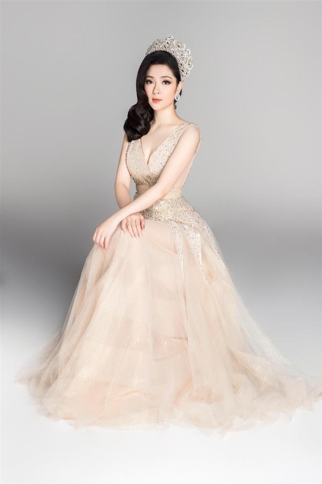 Lần đầu tiên, 14 Hoa hậu Việt Nam cùng hội ngộ, khoe nhan sắc lộng lẫy như nữ thần - ảnh 8