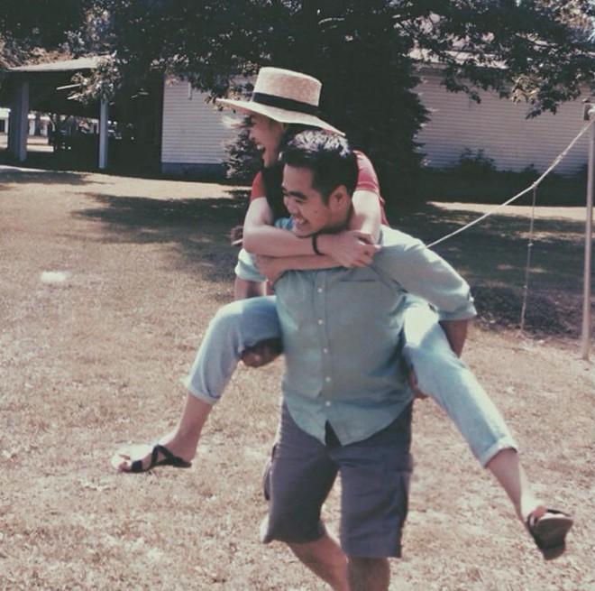 Á quân Next Top Tuyết Lan và hôn phu cười hạnh phúc trong hậu trường chụp ảnh cưới - ảnh 4