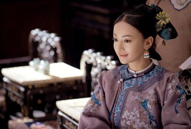 Nhan sắc cùng phong cách ngoài đời thực của 6 nàng Phi tần trong phim Diên hi công lược - Ảnh 3.