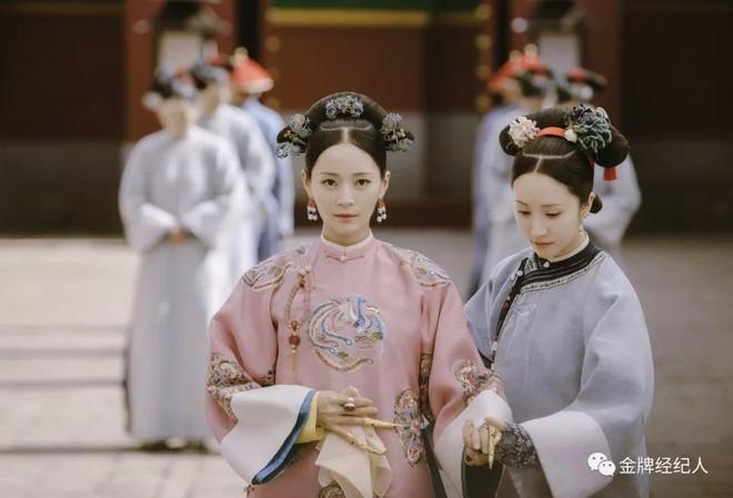 Nhan sắc cùng phong cách ngoài đời thực của 6 nàng Phi tần trong phim Diên hi công lược - ảnh 27