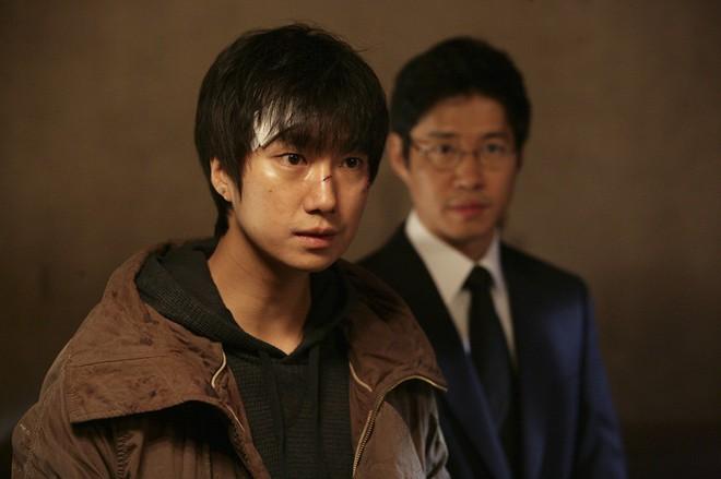 6 nhân vật phim Hàn giống nguyên tác truyện tranh đến đáng sợ - ảnh 7