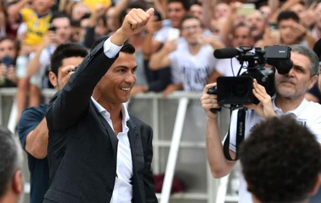 Cựu binh Real khen Ronaldo nức nở, nhưng cuối cùng lại đánh giá Messi giỏi hơn - ảnh 2