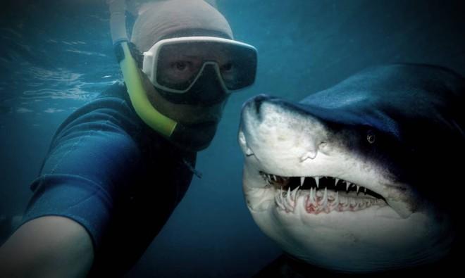 Bạn sẽ không thể ngờ có những người đang chết chỉ vì... selfie - ảnh 2