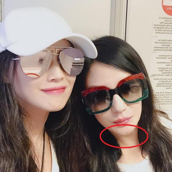 Ảnh đã chỉnh sửa thì đẹp lung linh, nhưng hình selfie của Triệu Vy lại già hơn hẳn Thư Kỳ chỉ vì lý do này - ảnh 4
