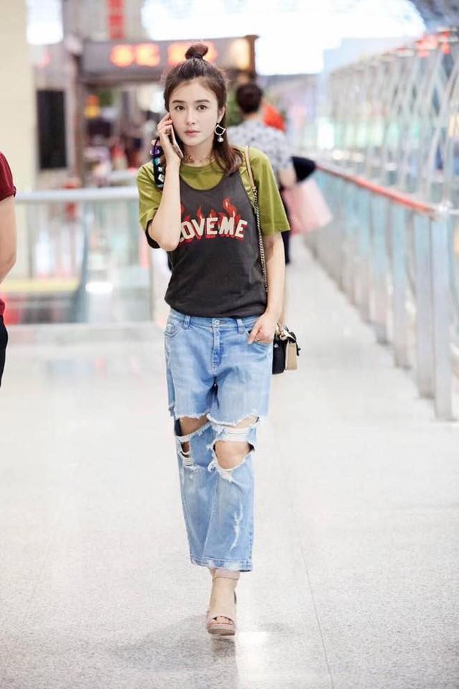 Tham chi tiết và mix vô tội vạ nên style sân bay của Phú Sát Hoàng Hậu Tần Lam nhiều khi vẫn còn sến lắm! - ảnh 8