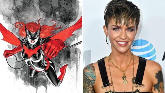 """Diễn viên đồng tính Ruby Rose xoá tài khoản Twitter vì nhận đầy """"gạch đá"""" cho vai Batwoman - ảnh 4"""