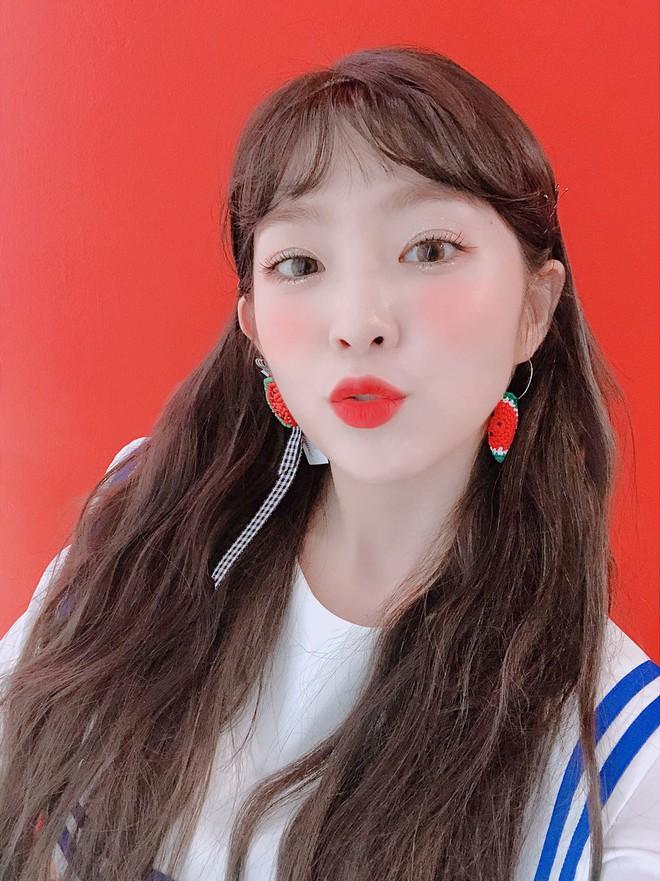 Loạt ảnh hack não nhất hôm nay: Taeyeon hay nữ thần Irene, đến netizen Hàn cũng khó lòng phân biệt - ảnh 2